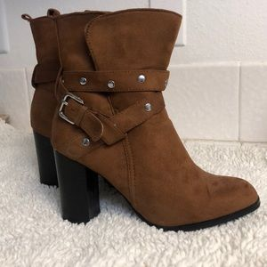 Women's brown heeled ankle boots